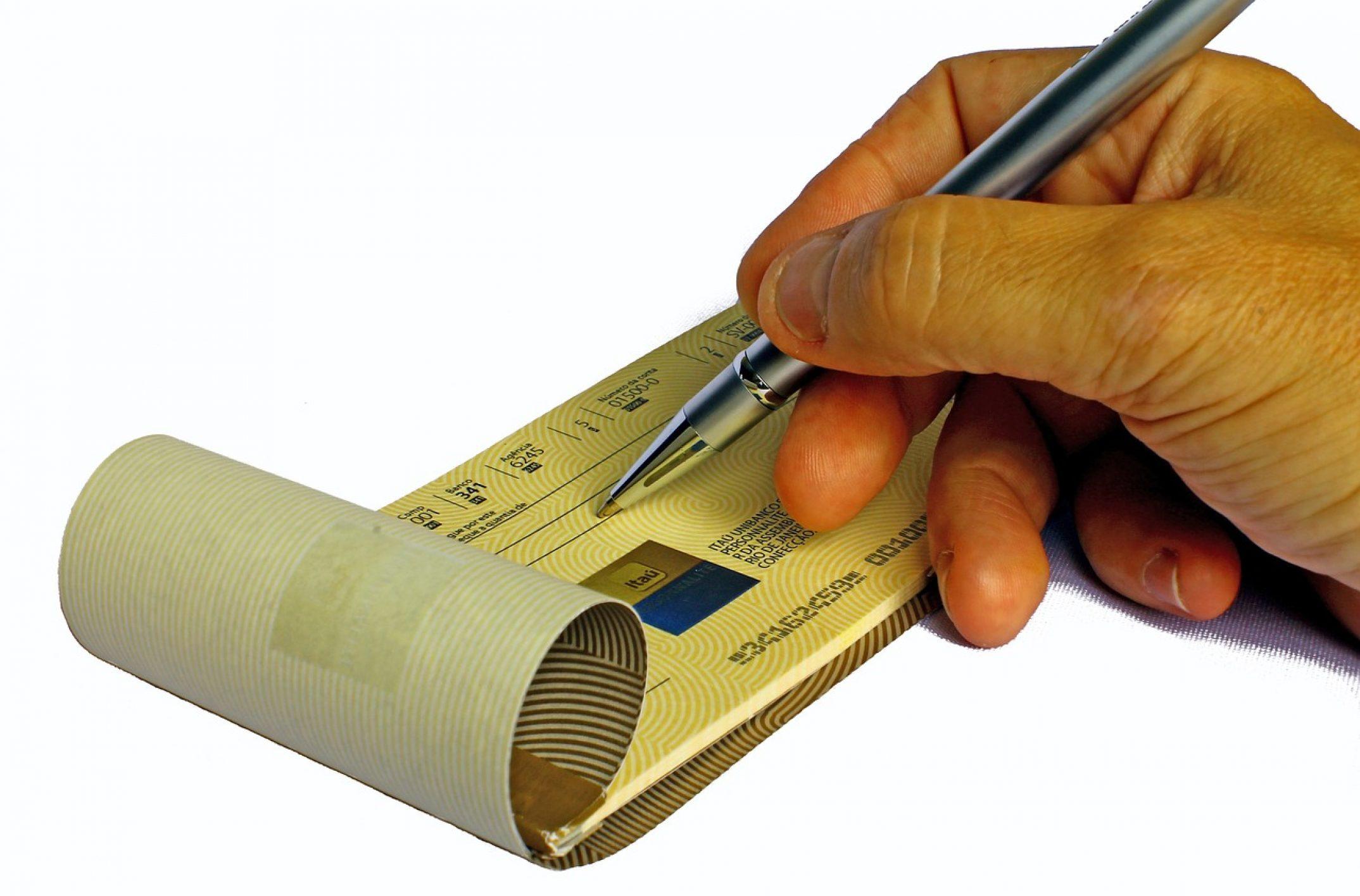 Ménagères, vous connaissez le chèque e-CESU?