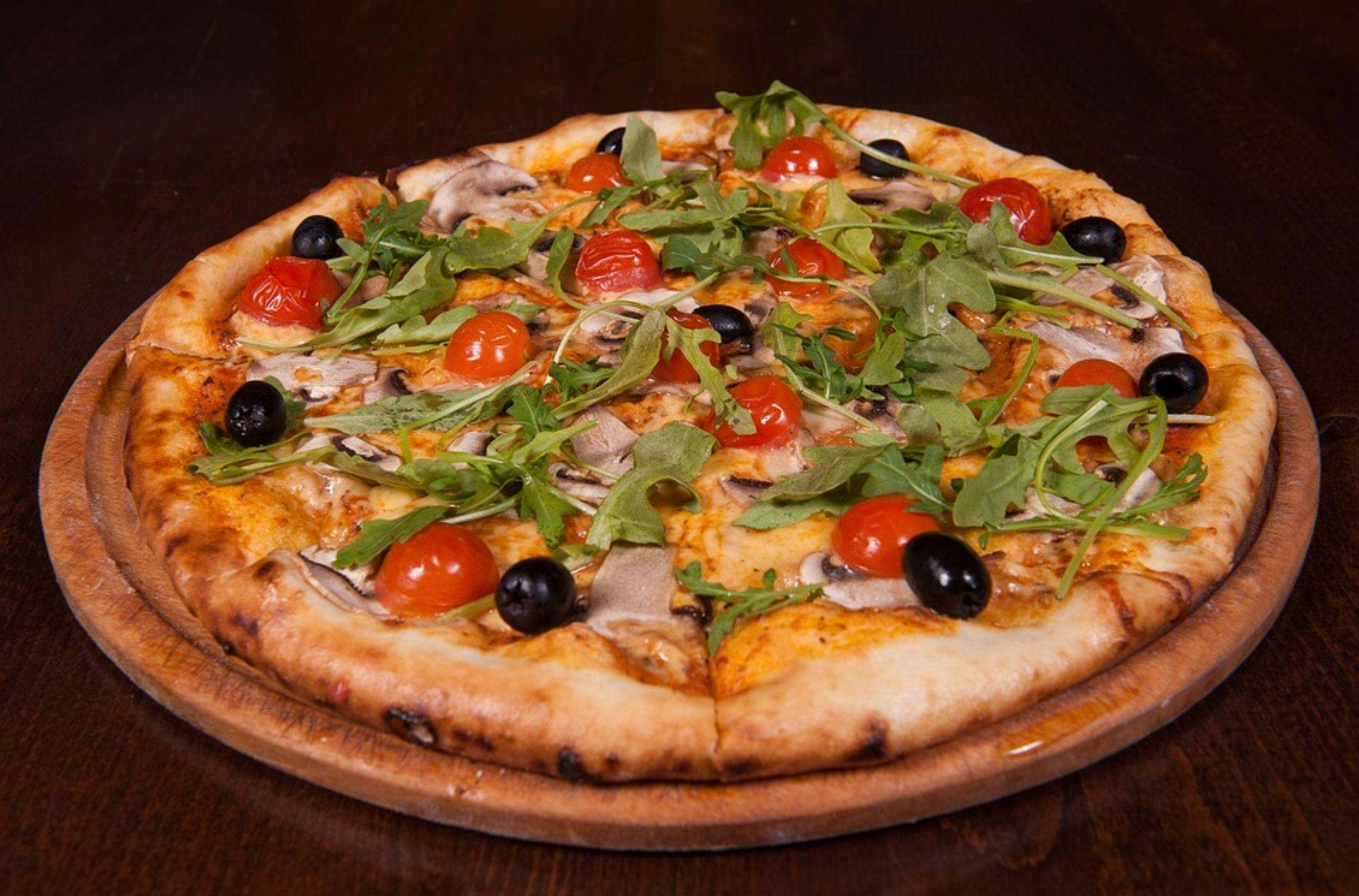 2 recettes de pizza qui sortent de l'ordinaire