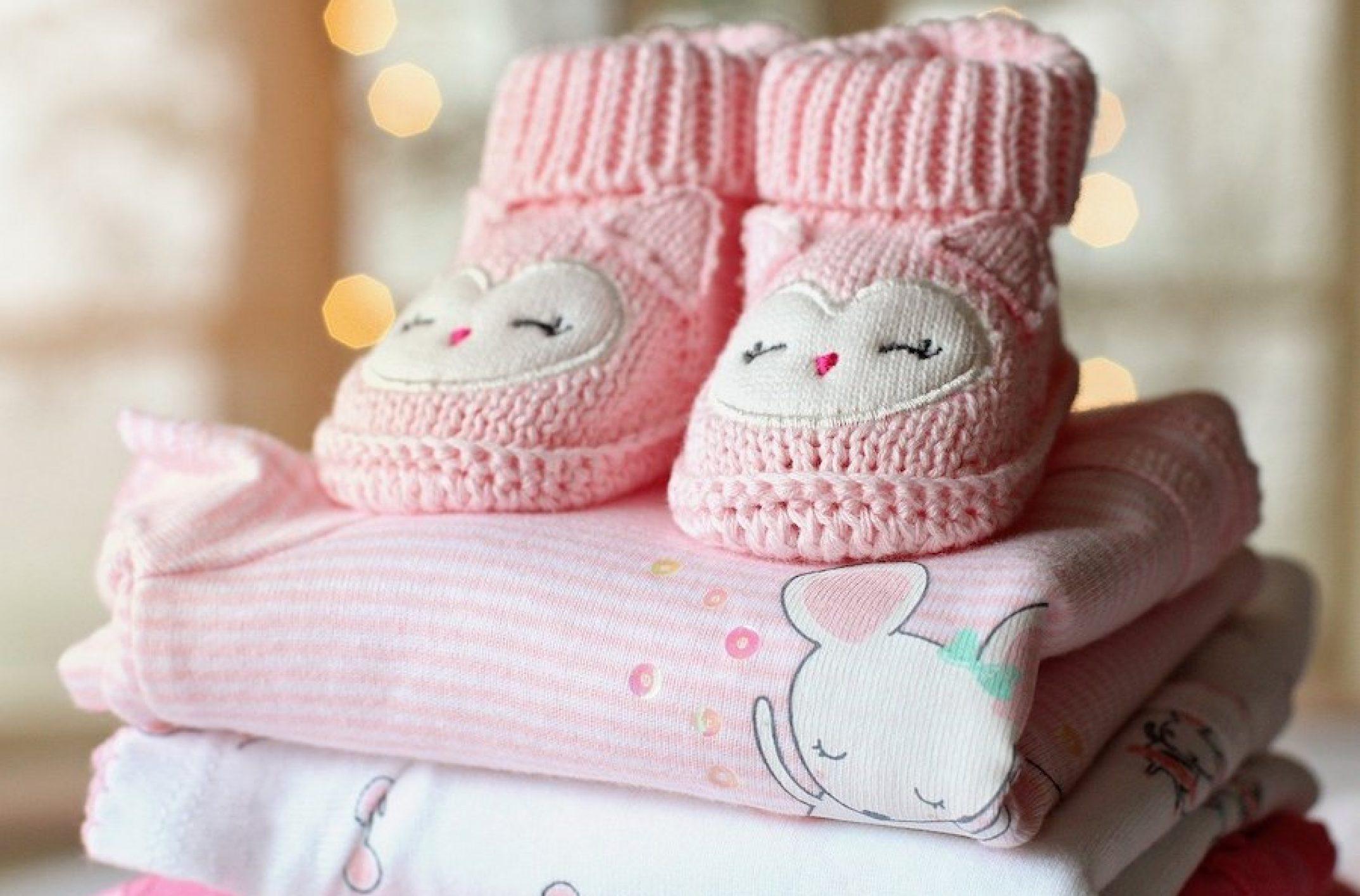 10 SMS de félicitation pour une naissance de jumeaux