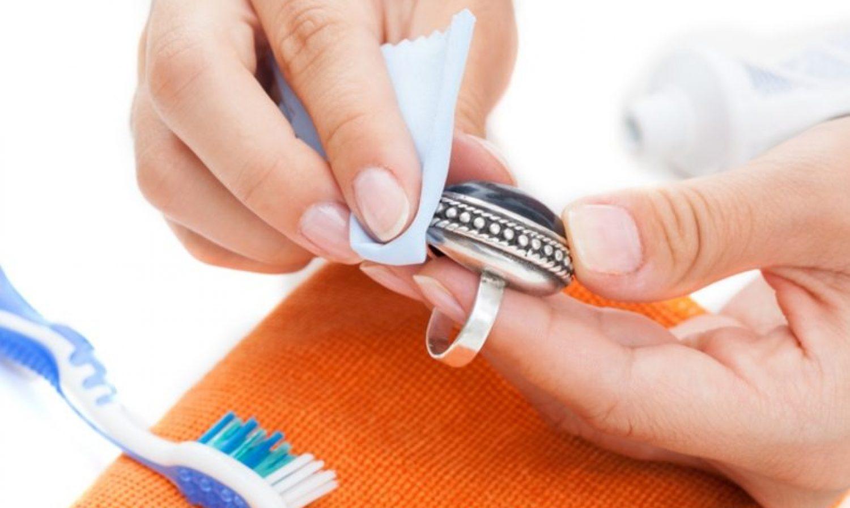 Comment nettoyer vos bijoux?