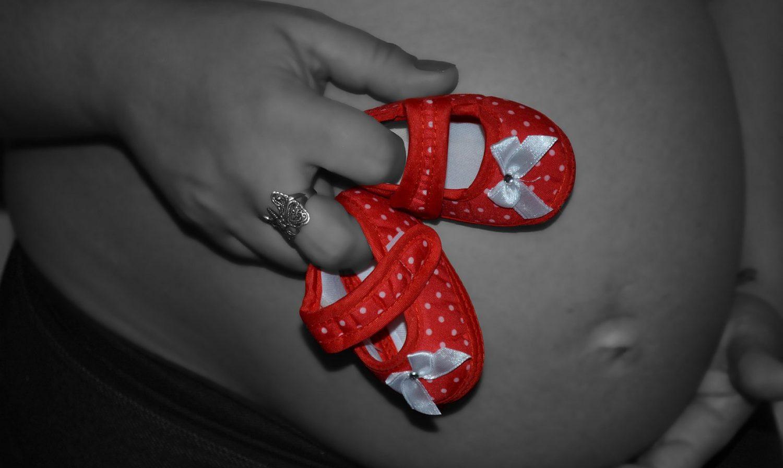 Félicitation de naissance fille : les meilleurs messages pour féliciter une naissance